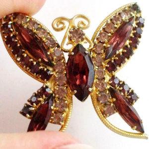 vintage Juliana rhinestone butterfly brooch pin